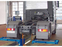 Three_in_a_row_2-roller_brake_tester_-_trucks_370x245