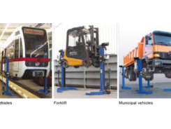 Three_in_a_row_11-mobile_column_lifts_-_2_370x245